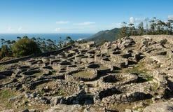 凯尔特铁器时代小山堡垒,圣特克拉,加利西亚,西班牙 免版税图库摄影