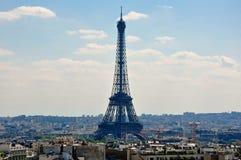 从凯旋门看见的艾菲尔铁塔。巴黎。 免版税图库摄影