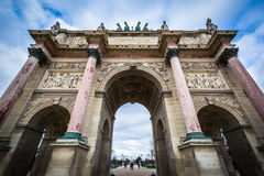 凯旋门du Carrousel,在巴黎,法国 免版税图库摄影