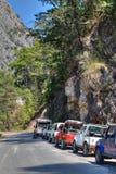 凯梅尔吉普在托鲁斯山脉的徒步旅行队游览在安塔利亚,土耳其人 免版税图库摄影
