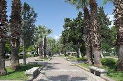 凯梅尔,土耳其- 2018年5月07日:步行在公园 库存图片
