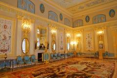 凯瑟琳宫殿内部一个洛可可式的宫殿在Tsarskoye Selo圣彼得堡 图库摄影