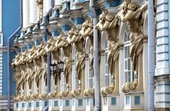 凯瑟琳宫殿大厅在Tsarskoe Selo (普希金),俄罗斯 免版税库存照片