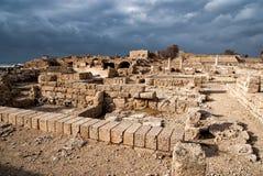 凯瑟里雅期间罗马废墟 免版税图库摄影