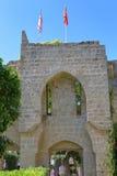 凯里尼亚,塞浦路斯- 2016年10月, 14 :修道院教会的主闸Bellapais修道院修道院的在凯里尼亚 图库摄影
