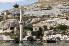 凹下去的村庄在Halfeti, Urfa 免版税库存图片