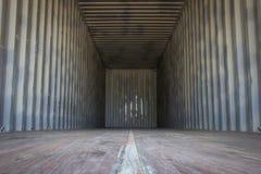 出口产品或运输的空的货箱 免版税库存图片