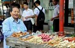 出售街道泰国供营商的曼谷食物 免版税库存照片