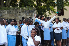 出殡队伍在农村Robillard,海地 免版税库存照片