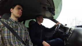 出租汽车司机搭载一位乘客 录影被拍摄在客舱里面 股票录像