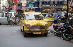 出租汽车在加尔各答,印度 免版税库存照片