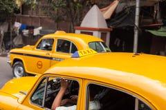 出租汽车在加尔各答(加尔各答) 库存照片