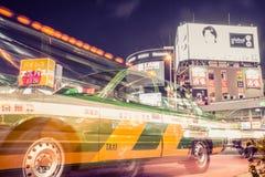出租汽车在新宿,东京 库存照片