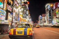 出租汽车在新宿,东京 免版税库存图片
