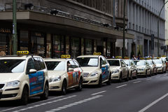 出租汽车在柏林 库存图片