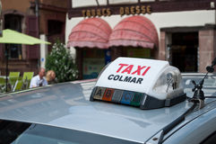 出租汽车在科尔马 免版税库存图片