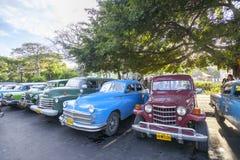 出租汽车驻地在哈瓦那 库存图片