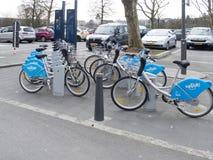 出租自行车在卢森堡市 库存图片