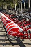 出租自行车在巴塞罗那 免版税库存照片
