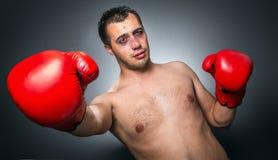 击倒-滑稽的拳击手 免版税图库摄影
