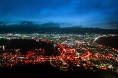 函馆市夜视图在北海道,从Hakoda的鸟瞰图 免版税库存照片