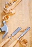 凿子拔钉锤和woodworkes飞机 库存图片