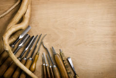 凿子设置了木雕 免版税库存图片