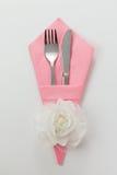 刀叉餐具和餐巾 库存图片