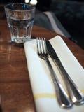 刀叉餐具用餐 免版税库存照片