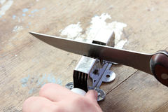 刀子和磨削器 库存照片
