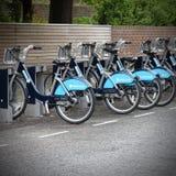 分享伦敦的自行车 免版税图库摄影