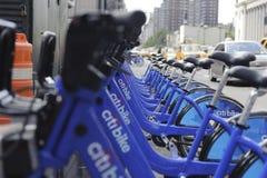 分享驻地的纽约城自行车 库存图片