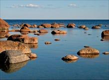 分散石头 免版税库存图片