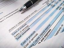 分析企业构成欧洲财务玻璃收入墨水货币笔语句 财务分析-收入报告,经营计划 库存图片