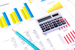 分析绘制财务的数据图表 免版税库存照片