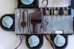 分离血小板的机器从与里面红色血液的捐赠 免版税库存照片