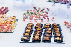 分类开胃菜和手抓食物 免版税库存图片