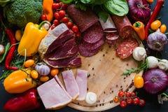 分类肉制品鲜美食物 免版税图库摄影