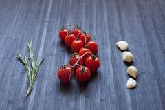 分行新鲜的蕃茄 免版税图库摄影