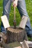 分裂的木头 免版税图库摄影