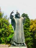 分裂,克罗地亚- 2014年5月08日:格里主教巨大的古铜色雕象  免版税库存图片