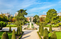 分配为花坛的区域庭院在Buen Retiro公园-马德里,西班牙 免版税图库摄影