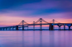切塞皮克湾桥梁的长的曝光,从桑迪点Sta 库存图片
