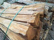 切好的堆木头 免版税图库摄影