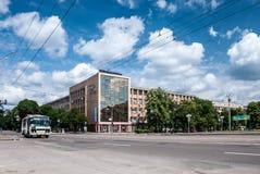切尔卡瑟,乌克兰- 2013年6月02日:大教堂广场 免版税库存照片