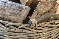 切开壁炉的木日志 免版税库存图片