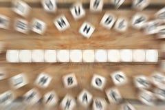 切成小方块与十二个信件或文本企业概念的copyspace 库存照片