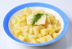 切成小方块的土豆 免版税库存图片