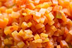 切成小方块的红萝卜 免版税库存图片