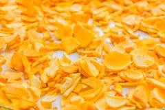 切片姜,姜黄根, Cassumunar姜,孟加拉根,姜科,烘干的姜黄 地方食物和泰国草本 库存照片